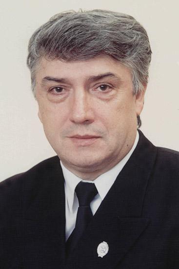 Колесников Юрий Михайлович